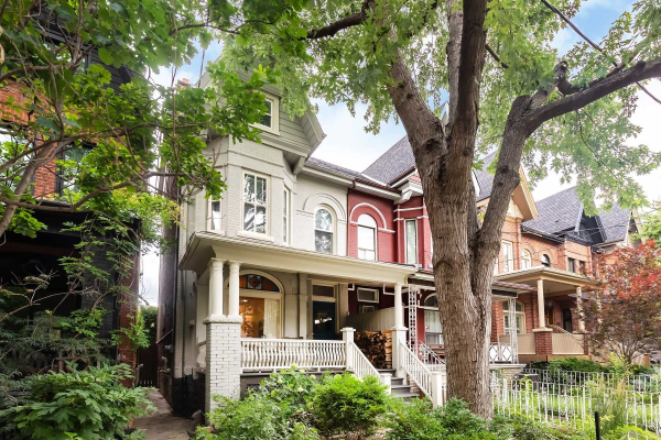 134 Crawford St, Toronto