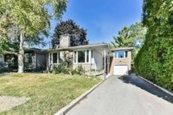 132 Santa Barbara Rd, Toronto