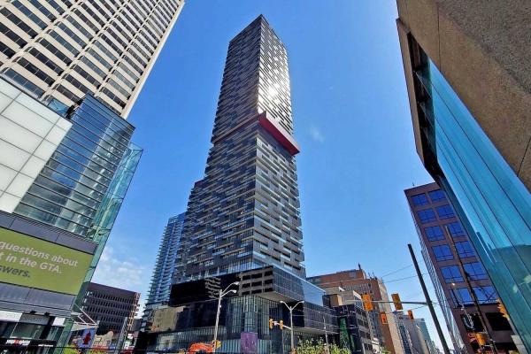 8 Eglinton Ave, Toronto