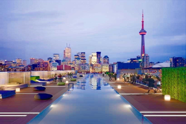 2131 Yonge St, Toronto