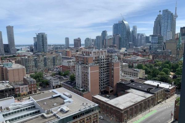 105 George St S, Toronto