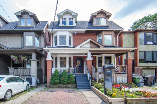 381 Hillsdale Ave, Toronto