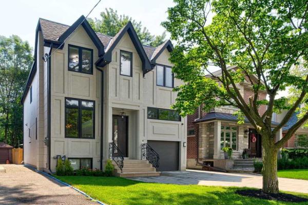 165 Glenvale Blvd, Toronto