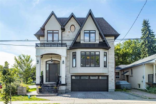 201 Patricia Ave, Toronto