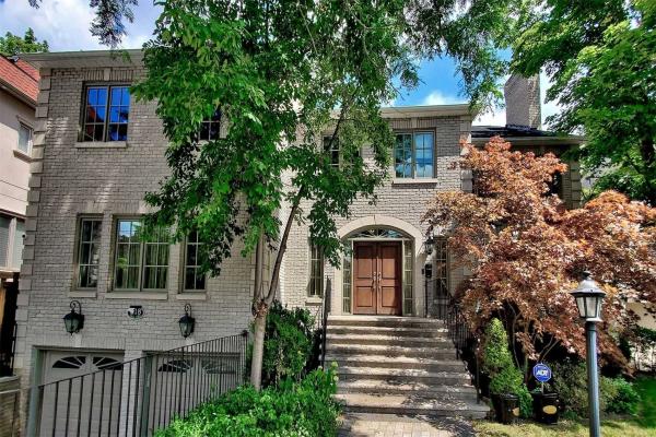 218 Owen Blvd, Toronto