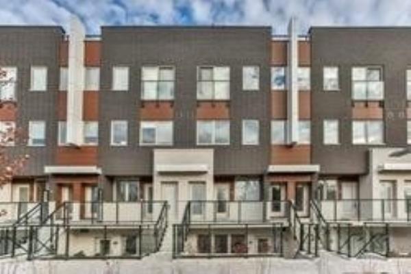 780 Sheppard Ave E, Toronto