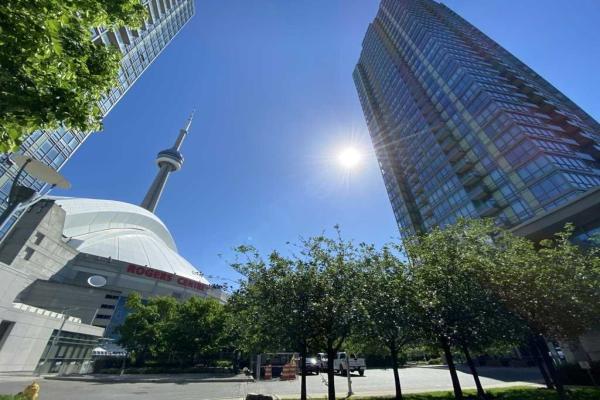 5 Mariner Terr, Toronto