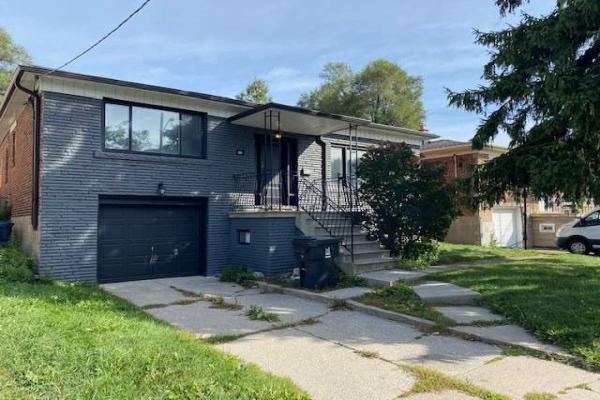 72 Stormont Ave, Toronto