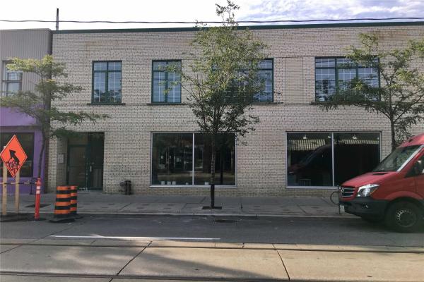 837 Dundas St W, Toronto