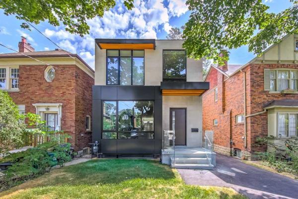 91 Hanna Rd, Toronto