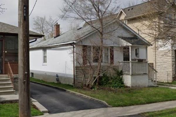 72 Otonabee Ave