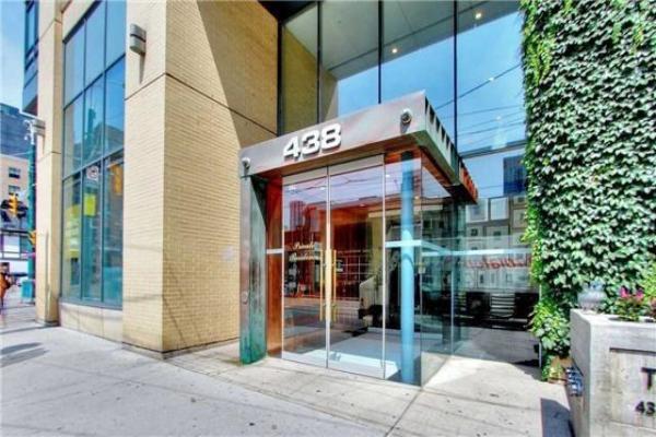 438 King St, Toronto