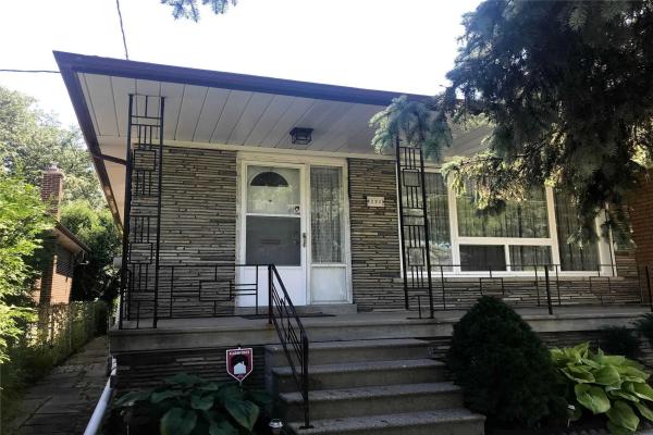 293 Churchill Ave, Toronto