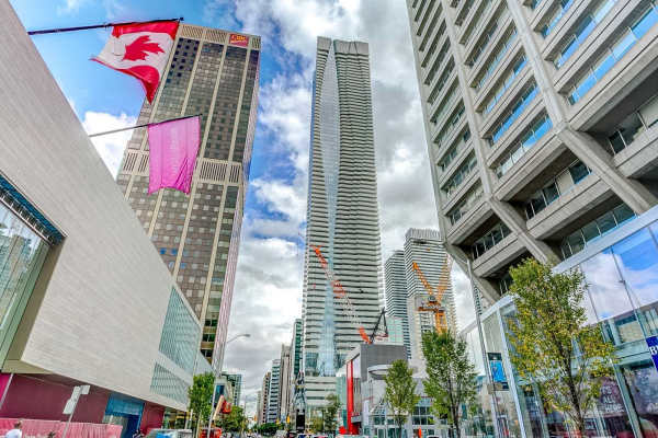 1 Bloor St E, Toronto