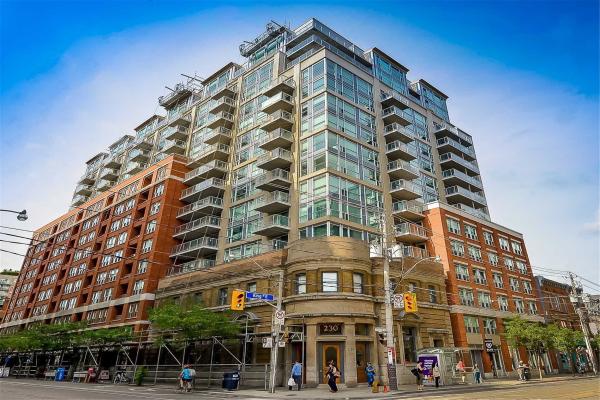 230 King St E, Toronto