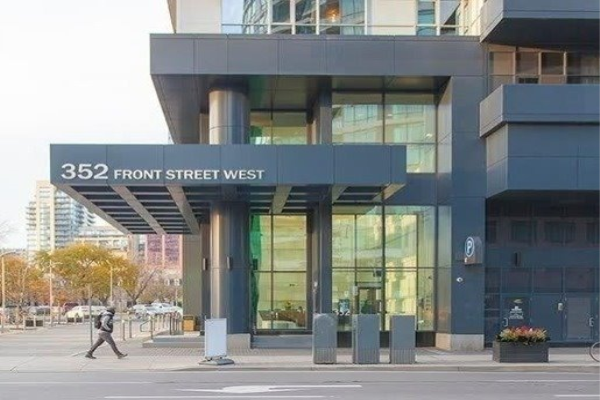 352 Front (Furnished) St W, Toronto