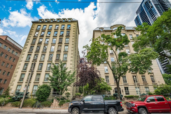 80 Charles St E, Toronto