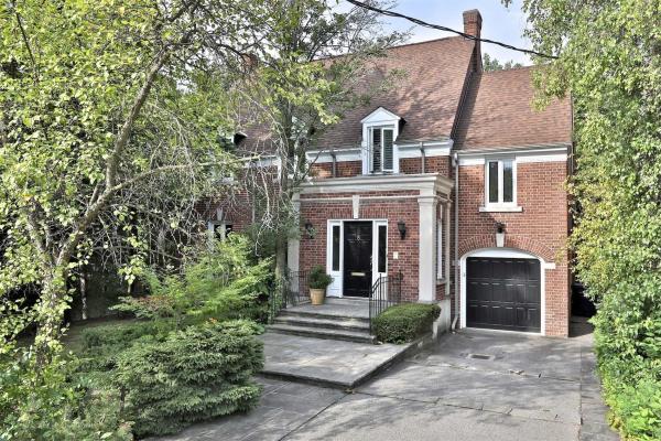 8 Glenayr Rd, Toronto