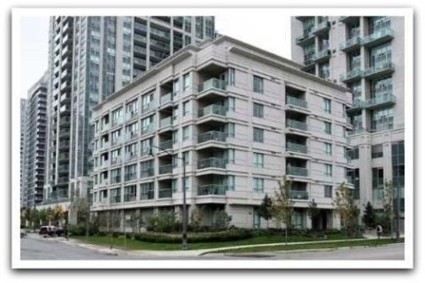 19 Avondale Ave, Toronto
