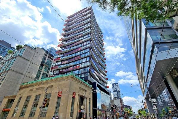 215 Queen St W, Toronto