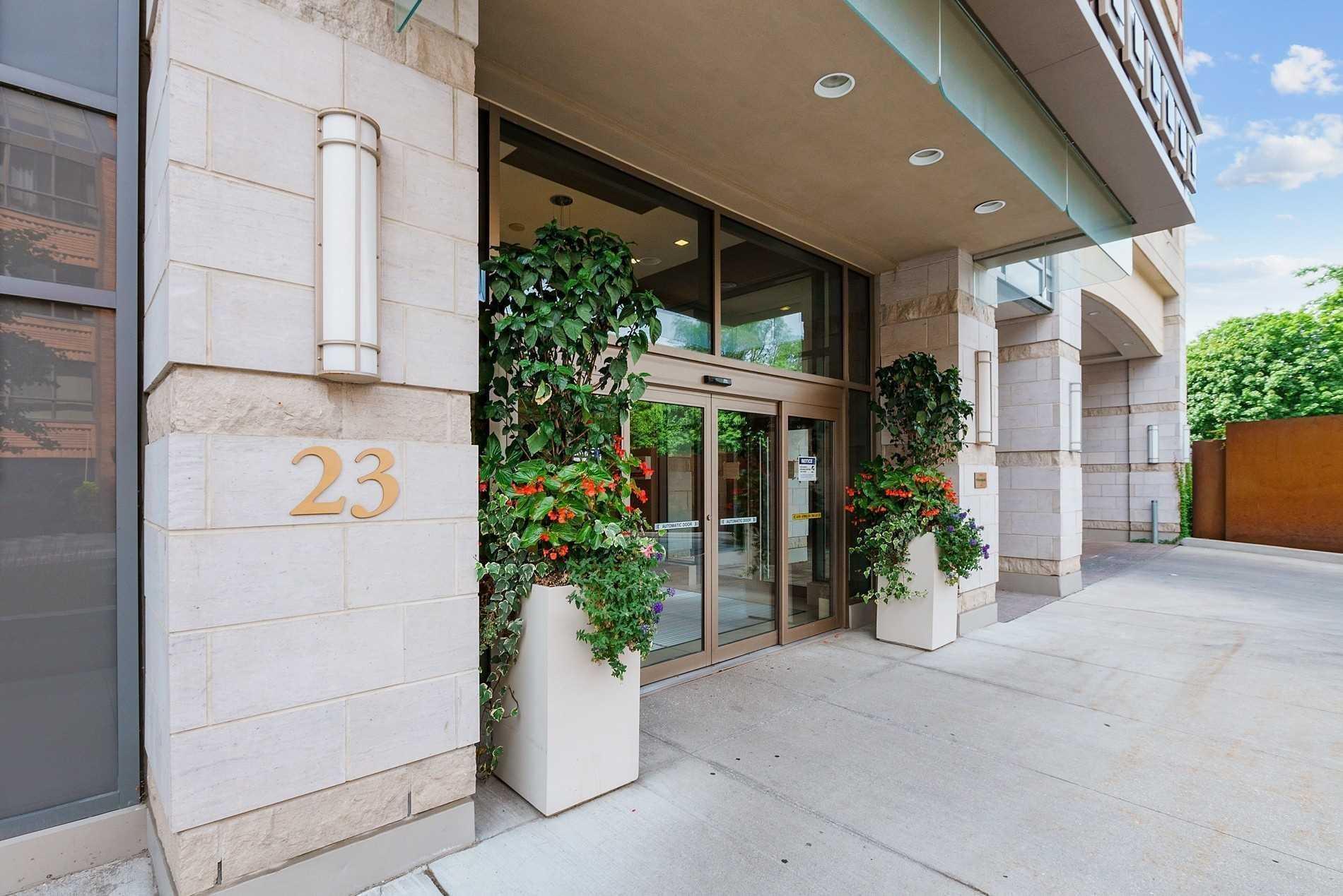 #325 - 23 Glebe Rd, Toronto