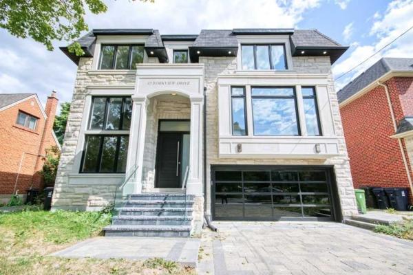 15 Yorkview Dr, Toronto