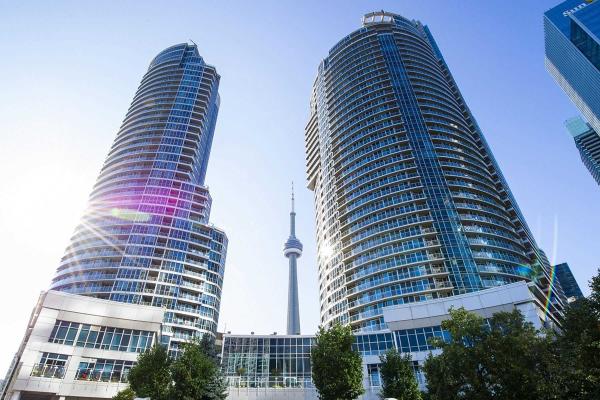 218 Queens Quay St W, Toronto