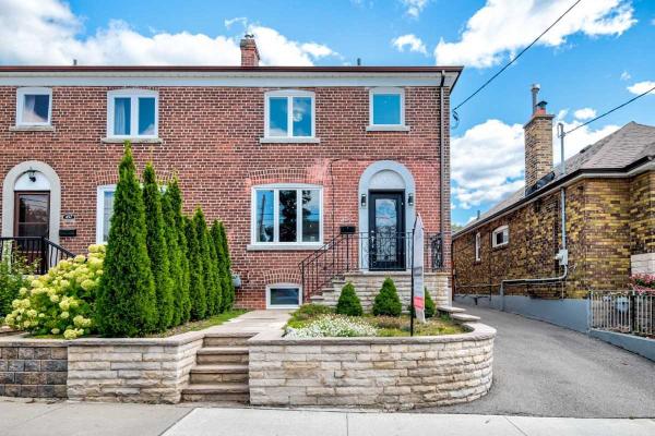 455 Oakwood Ave, Toronto