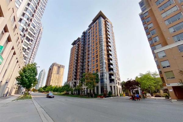 880 Grandview Way, Toronto