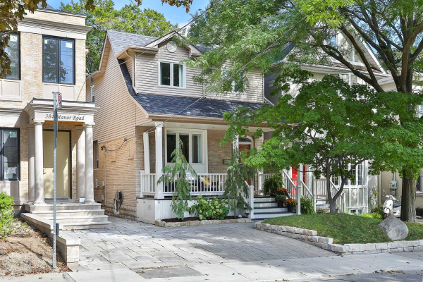 386 Manor Rd E, Toronto