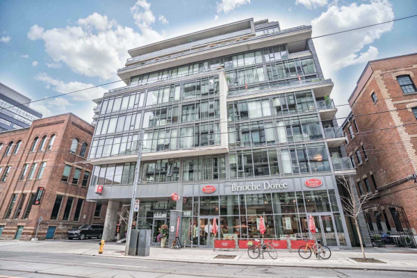 650 King St W, Toronto