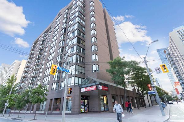 117 Gerrard St E, Toronto