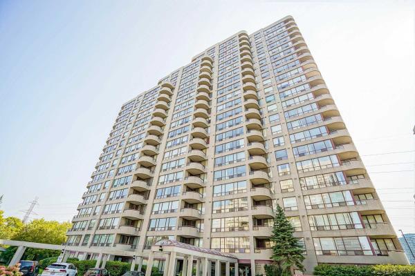 5765 Yonge St, Toronto
