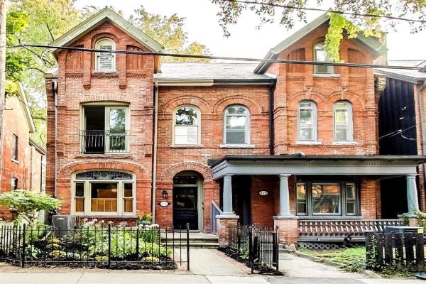 421 Sackville St, Toronto