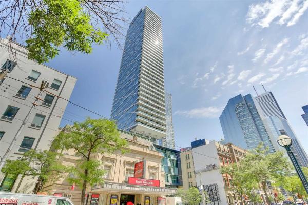 224 King St W, Toronto