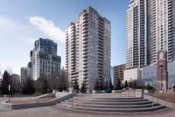 18 Hillcrest Ave, Toronto