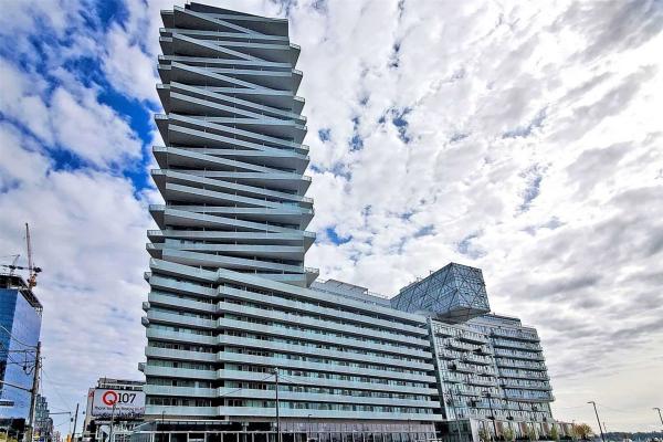 15 Queens Quay E, Toronto
