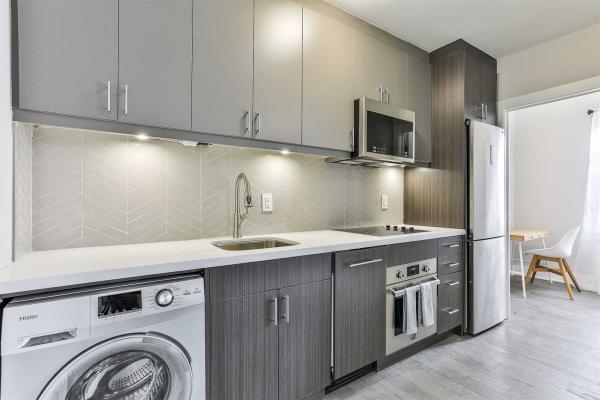 464 Spadina Rd, Toronto