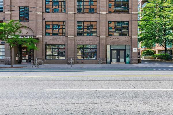 90 Sherbourne St, Toronto