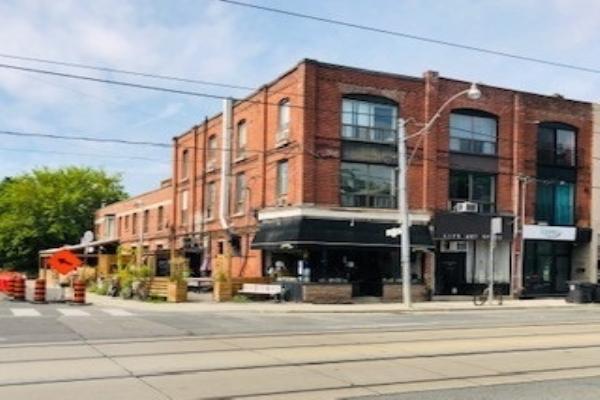 968 Bathurst St, Toronto
