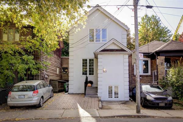 113 Montgomery Ave, Toronto