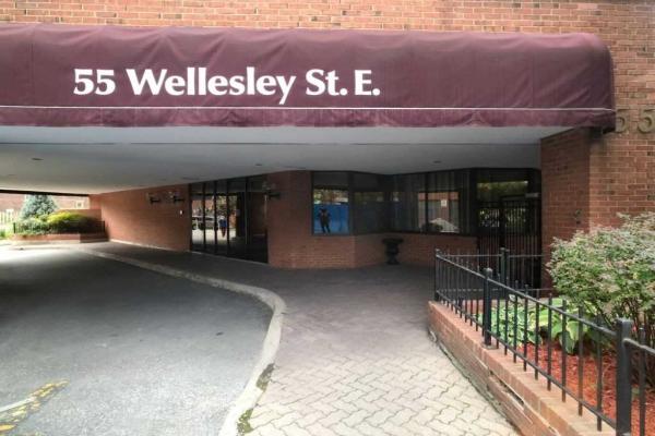 55 Wellesley St