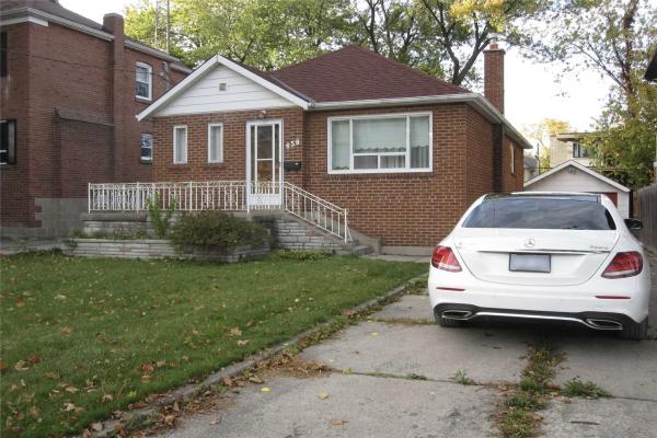 658 Bedford Park Ave, Toronto