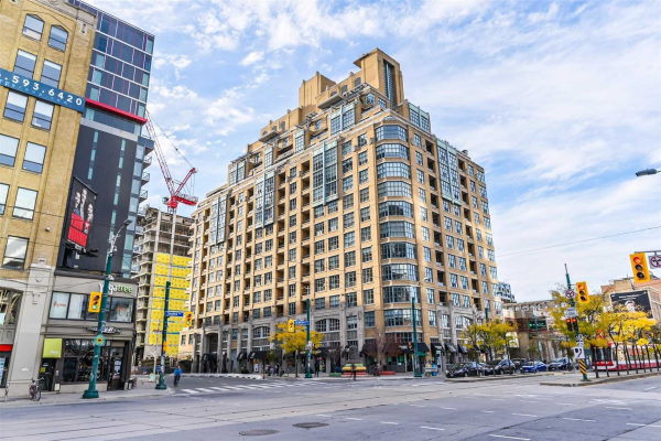 438 Richmond St W, Toronto