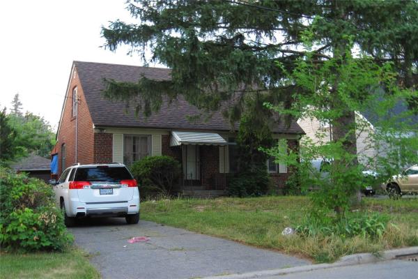 32 Athabaska Ave, Toronto