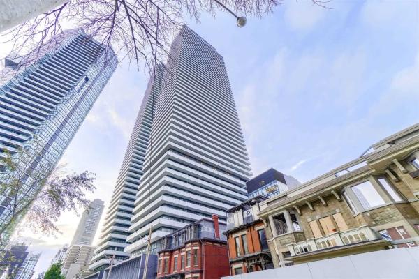 50 Charles St, Toronto