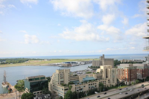 35 Mariner Terr, Toronto