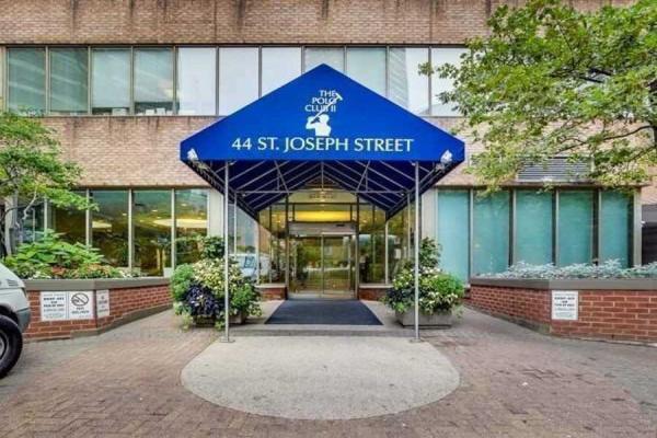 44 St Joseph St