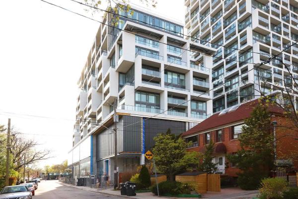 8 Hillsdale Ave, Toronto