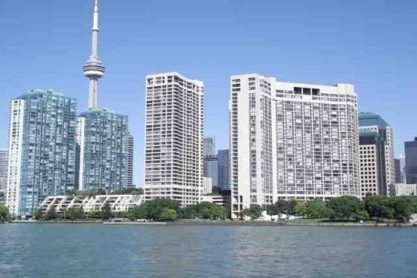 65 Harbour Sq, Toronto